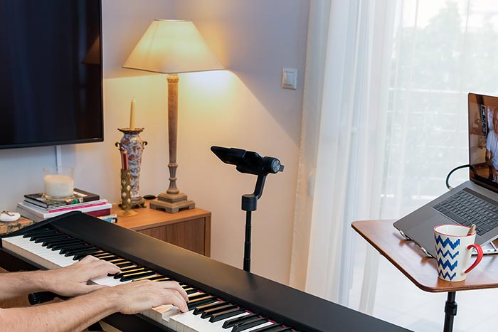 Online piano lessons via Zoom